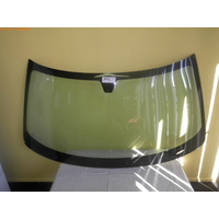 CHRYSLER 300C SEDAN 2005 to 12/2011 FRONT WINDSCREEN GLASS-NEW