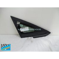 FORD FIESTA WS/WT - 1/2009 to CURRENT - 3DR/5DR HATCH/4DR SEDAN - DRIVERS - RIGHT SIDE FRONT QUARTER GLASS (BLACK MOULD) - ENCAPSULATED