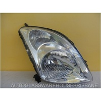 SUZUKI SWIFT RS145 - 5DR HATCH 1/2005>12/10 - DRIVERS - RIGHT SIDE HEADLIGHT - BROKEN LOWER MOUNT