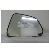 HOLDEN CAPTIVA SERIES 2 - 3/2011 to CURRENT - WAGON - RIGHT SIDE MIRROR - FLAT GLASS ONLY WITH BACKING PLATE (141mm high X 186mm)