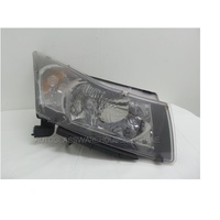 HOLDEN CRUZE JG/JH - 5/2009 to 6/2011 - 4DR SEDAN - RIGHT SIDE HEADLIGHT
