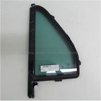 FORD EVEREST UA - 10/2015 to CURRENT - 5DR WAGON - LEFT SIDE REAR QUARTER GLASS - ENCAPSULATED - DARK GREEN