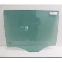 FORD EVEREST UA - 10/2015 to CURRENT - 5DR WAGON - LEFT SIDE REAR DOOR GLASS - DARK GREEN (1 HOLE)