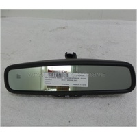TOYOTA HIACE 200 SERIES - 4/2005 to CURRENT - TRADE VAN - CENTER INTERIOR REAR VIEW MIRROR - E11 026537