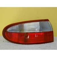 DAEWOO LANOS - 9/1997 TO 10/2003 - 3DR/5DR HATCH - PASSENGER - LEFT SIDE TAIL-LIGHT - SAE 03-3268