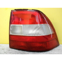 HOLDEN VECTRA JR/JS - 5DR HATCH 7/97>12/02 - DRIVERS - RIGHT SIDE - TAIL LIGHT