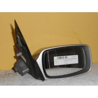 FORD MONDEO HA/HB - 5DR HAT 7/95>11/96 - DRIVERS-RIGHT SIDE-ELECTRIC MIRROR (Complete  Silver)