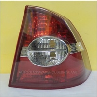 FORD FOCUS SEDAN 6/05 to  12/08 LS/ LT  4DR  SEDAN REAR TAIL-LIGHT RIGHT TAIL LIGHT