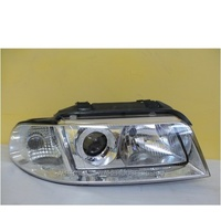AUDI A4 B5 - SEDAN 1/99>5/01 - DRIVERS - RIGHT SIDE HEAD LIGHT WITH CORNER LAMP-NEW