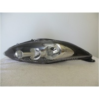 FORD FIESTA WS/WT - HATCH 9/08>7/13 - DRIVERS - RIGHT SIDE HEADLIGHT - NEW - BLACK