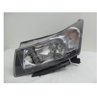 HOLDEN CRUZE JG/JH - 5/2009 to 6/2011 - 4DR SEDAN - PASSENGER - LEFT SIDE HEADLIGHT - NEW