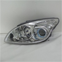 HYUNDAI i30 FD - 9/2007 to 4/2012 - 5DR HATCH - PASSENGER - LEFT SIDE HEADLIGHT (REFLECTOR W/CP) - NEW