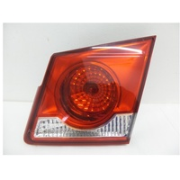 HOLDEN CRUZE JG/JH - 5/2009 to 6/2012 - 4DR SEDAN - RIGHT SIDE TAIL LIGHT (INNER)