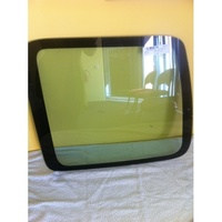 CITROEN BERLINGO M59 - 6/1999 to 12/2008 - VAN - RIGHT SIDE BARN DOOR GLASS - GREEN - NEW