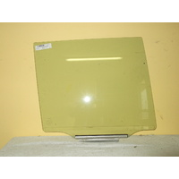 TOYOTA PRADO 120 SERIES - 2/2003 to 10/2009 - 5DR WAGON - DRIVERS - RIGHT SIDE REAR DOOR GLASS