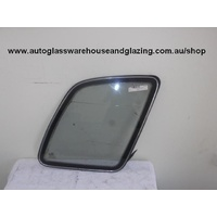KIA SPORTAGE JA55 - 1/1997 to 4/2000 - 5DR WAGON - DRIVERS - RIGHT SIDE REAR CARGO GLASS - 400MM WIDE