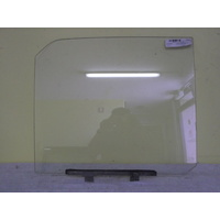 MITSUBISHI L200 D50/MA/MB/MC/MD - 1979 to 9/1986 - VAN - LEFT SIDE FRONT DOOR GLASS - NEW