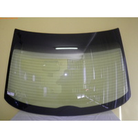 HOLDEN COMMODORE VT/VX/VY/VZ - 9/1997 to 7/2006 - 4DR SEDAN - REAR WINDSCREEN GLASS - WITH ANTENNA