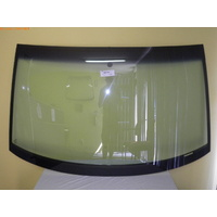 VOLKSWAGEN TRANSPORTER T5 -8/2004 to 12/2015 - CAB-CHASSIS/VAN - FRONT WINDSCREEN GLASS - WITH ANTENNA, TOP AND SIDE MOULD