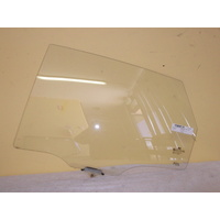 HYUNDAI i30 FD - 9/2007 to 4/2012 - 5DR HATCH - PASSENGERS - LEFT SIDE REAR DOOR GLASS