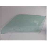 FORD CAPRI MK1 -1969 TO 1973 - 2DR COUPE - PASSENGER - LEFT SIDE FRONT DOOR GLASS - GREEN