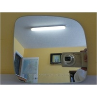 VOLKSWAGEN CARAVELLE - VAN 2010>CURRENT - DRIVER - RIGHT SIDE MIRROR - (flat mirror glass only) 182mm wide X 170mm high