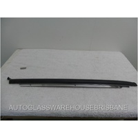 TOYOTA CAMRY SXV20 - 9/1997 to 1/2002 - 4DR SEDAN - PASSENGER - LEFT SIDE WINDSCREEN MOULD - 75534-33041