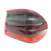MERCEDES E CLASS W210 - 1/1996 to 8/2002 - 4DR SEDAN - RIGHT SIDE TAIL-LIGHT
