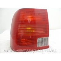 VOLKSWAGEN PASSAT MK5 - 4/1998 TO 1/2001 - 4DR SEDAN - LEFT SIDE TAIL LIGHT