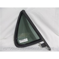 SAAB 9-5 - 4DR SEDAN 1997>2001 - DRIVER - RIGHT SIDE REAR QUARTER GLASS