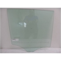 MERCEDES ML CLASS W166 - 3/2012>6/2015 - 4DR WAGON - RIGHT SIDE REAR DOOR GLASS - GREEN