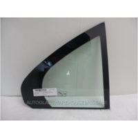 MERCEDES C CLASS W205 - 8/2014 on - 4DR SEDAN - RIGHT SIDE REAR QUARTER GLASS - NEW