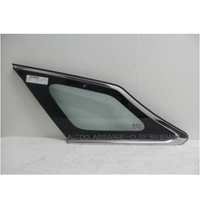 HYUNDAI i40 YF - 10/2011 to CURRENT - 4DR WAGON - LEFT SIDE REAR CARGO GLASS - GREEN - ENCAPSULATED
