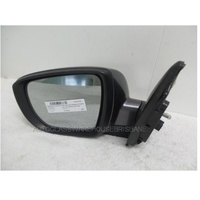 HYUNDAI iX35 LM - 2/2010 to 12/2015 - 5DR WAGON - LEFT SIDE MIRROR WITH LED BLINDER