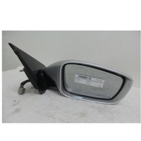 HYUNDAI i45 YH - 5/2010 to CURRENT - 4DR SEDAN - RIGHT SIDE MIRROR - WITH LED BLINKER (E13 027441)
