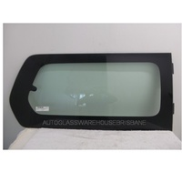 HYUNDAI iMAX KMHWH - 2/2008 to CURRENT - VAN - RIGHT SIDE REAR CARGO WINDOW GLASS (BEHIND SLIDING DOOR WITH NO AERIAL) - 1 HOLE