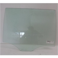 FORD EVEREST UA - 10/2015 to CURRENT - 5DR WAGON - LEFT SIDE REAR DOOR GLASS (1 HOLE) - GREEN
