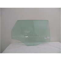 AUDI A3 8V - 5/2013 to CURRENT - 5DR HATCH - RIGHT SIDE REAR DOOR GLASS - GREEN