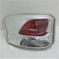 MITSUBISHI OUTLANDER ZJ - 11/2012 to 12/2013 - 5DR WAGON - LEFT SIDE TAIL-LIGHT (HAS CRACK TOP BACK SIDE)