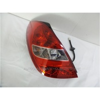 HYUNDAI i20 PB - 2009 - 3DR/5DR HATCH - LEFT SIDE TAIL LIGHT - 92401-1J000
