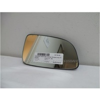 HOLDEN ASTRA AH - 9/2004 to 8/2009 - 5DR HATCH - RIGHT SIDE MIRROR - FLAT GLASS ONLY WITH BACKING - 175mm WIDE X 100mm HIGH