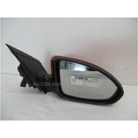 HOLDEN CRUZE JG/JH - 3/2009 to 1/2017 - 4DR SEDAN - DRIVERS - RIGHT SIDE MIRROR - RED - E13-027379