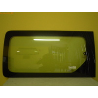 HYUNDAI iMAX - 2/2008 to CURRENT - VAN - LEFT SIDE REAR SLIDING DOOR GLASS - GREEN - 1 HOLE (WITHOUT HINGE)