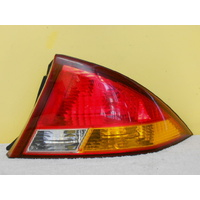 FORD FALCON AU SERIES 1 - 9/1998 TO 3/2000 - 4DR SEDAN - DRIVERS - RIGHT SIDE TAIL LIGHT