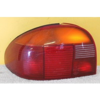 FORD MONDEO HB - 5DR HATCH 7/95>11/96 - PASSENGERS -LEFT SIDE TAIL LIGHT (Genuine)
