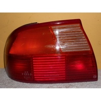 FORD MONDEO HB - 7/1995 to 11/1996 - 4DR SEDAN - PASSENGERS - LEFT SIDE TAIL LIGHT (GENUINE)
