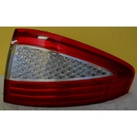 FORD MONDEO MA - 4DR SEDAN 2007>CURRENT - RIGHT SIDE TAIL LIGHT (Genuine)