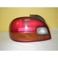 HYUNDAI EXCEL X3 - 9/1994 to 4/2000 - 4DR SEDAN - LEFT SIDE TAIL LIGHT - HMC 92401-220