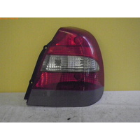 DAEWOO NUBIRA J100/J150 - 7/1997 to 12/2003 - 4DR SEDAN - DRIVERS - RIGHT SIDE TAIL-LIGHT - GREY DOT AIR 2S2T99