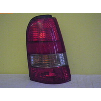 DAEWOO CIELO GL/GLX - 10/1995 TO 7/1998 - 3DR/5DR HATCH - RIGHT SIDE TAIL LIGHT - 0211-000622E-1 (CHIPPED EDGES)